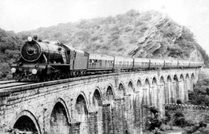 train-e1366715162410